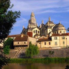 Périgueux, le quartier médiéval le long de Lisle - 50 km © Arnaud Galy